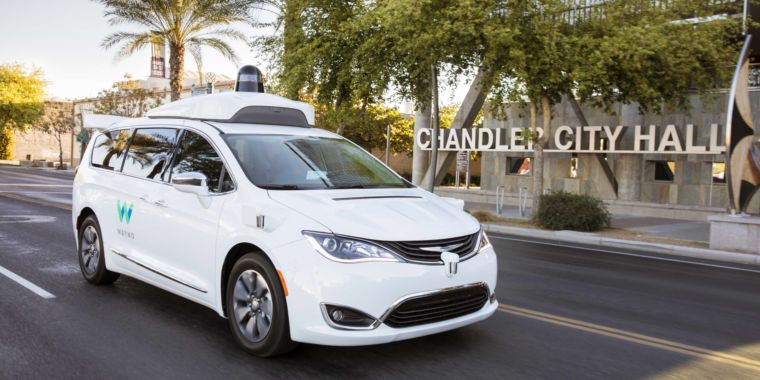 Waymo expands Phoenix self-driving service by putting 10 cars on Lyft