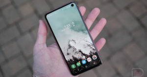 Upcoming Phone Designs From OPPO, Samsung, and Huawei Might Get Weird