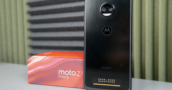 Moto Z2 Will Get 5G Moto Mod Access Later This Summer