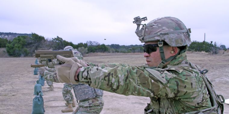 After a few misfires, Army's newest pistol program is slow on the draw
