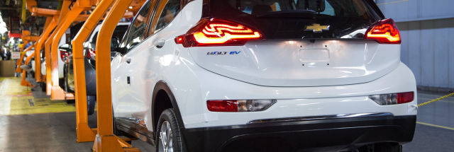 Tesla sold greenhouse gas credits to Fiat and… GM?