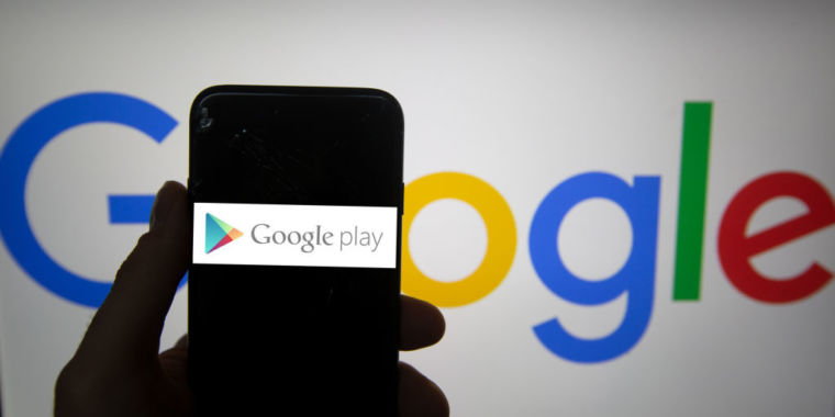 238 Google Play apps with >440 million installs made phones nearly unusable