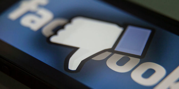 Facebook bans health and conspiracy site Natural News