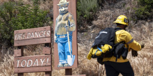 As summer heats up, Calif. utility starts cutting power to prevent wildfires