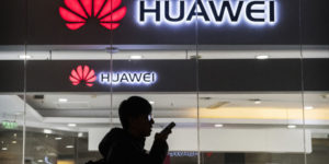 Huawei bracing for a 40% to 60% drop in international smartphone shipments