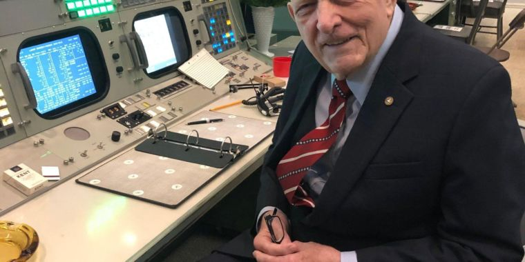 "Apollo veteran overwhelmed by restored mission control—""I hear the voices"""