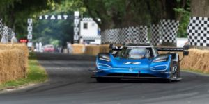 VW's crazy electric car breaks F1 record at the Goodwood Festival of Speed