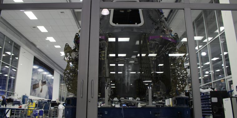 """SpaceX nears completion of Dragon investigation, has a """"good path forward"""""""