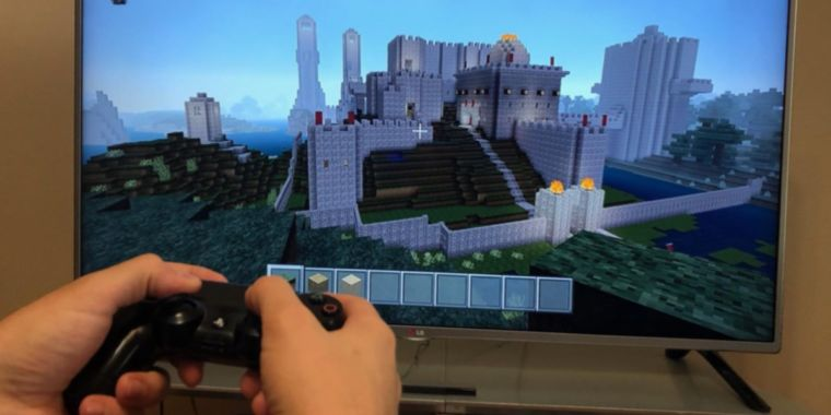Want to be more creative? Playing Minecraft can help, new study finds